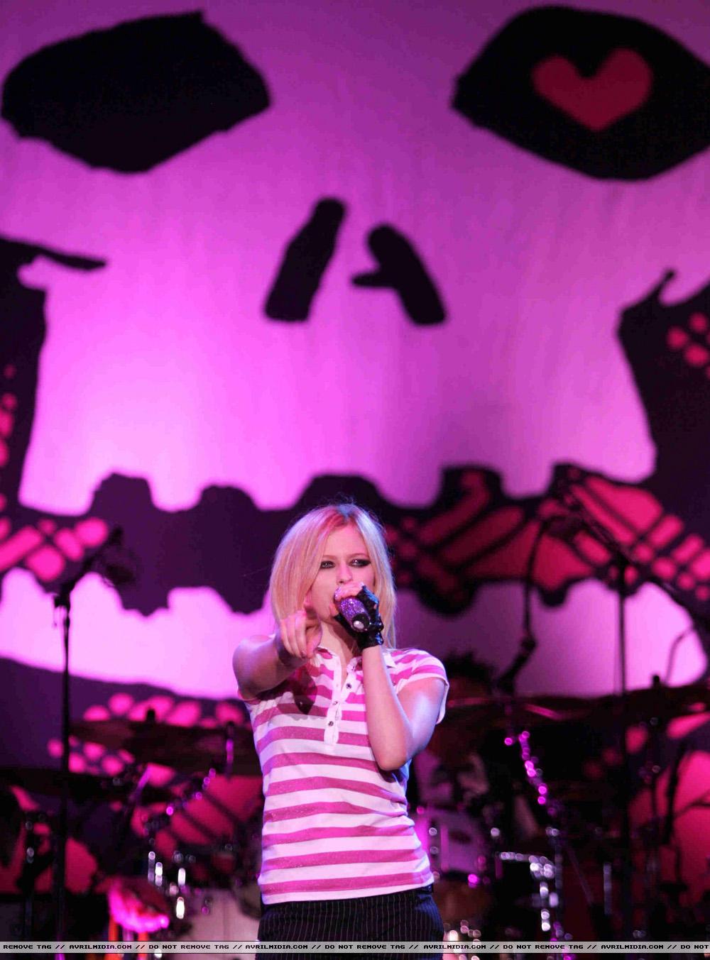 2008 konserinden Avrilxangai-9