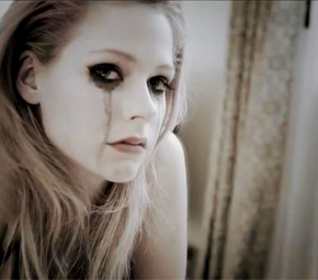 Videoclipe de Goodbye