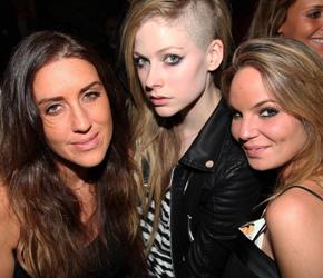 EGO comenta sobre novo visual de Avril