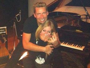 People comenta sobre o futuro casamento de Avril e Chad