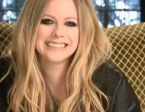 Vídeo legendado: entrevista de Avril para a ET Canada!