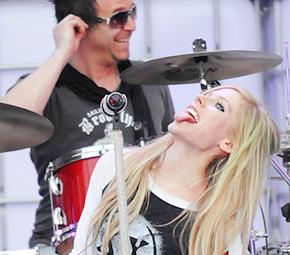 Avril é indicada ao Much Music Video Awards!