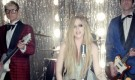 Assista à 30 segundos do clipe de Here's To Never Growing Up