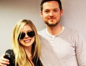 Novo vídeo legendado: entrevista de Avril para a MyFm