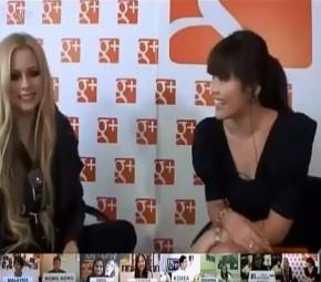 Hangout: Avril responde perguntas de fãs asiáticos