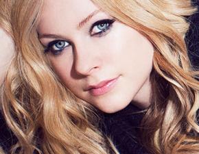 Avril libera quatro itens exclusivos pelo Spotify