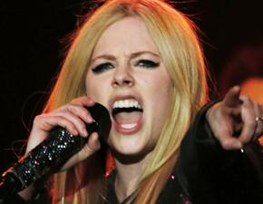 Ensaios para a nova turnê de Avril já foram iniciados