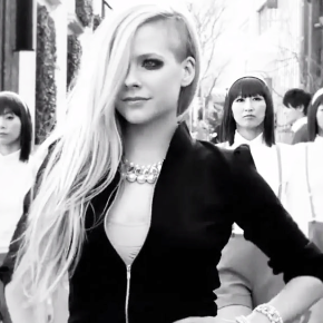Assista Hello Kitty, novo videoclipe de Avril Lavigne