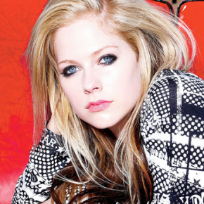 Avril Lavigne concede entrevista ao Press Of Atlantic City