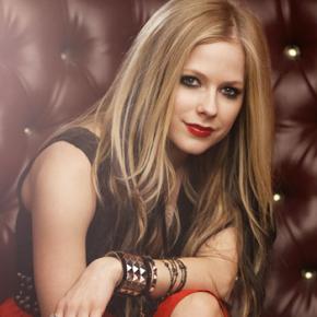 Avril Lavigne está com problemas de saúde