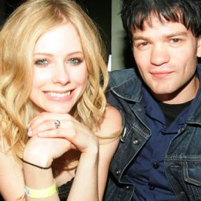 Mãe de Deryck Whibley publica novas fotos com Avril Lavigne