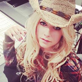 Avril Lavigne revela novidades sobre um novo álbum!