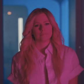 A inspiração de Avril Lavigne para Tell Me It's Over