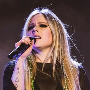 Avril Lavigne se apresentará no Rock in Rio 2021, segundo jornalista